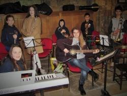 Musicgroup (250x189)
